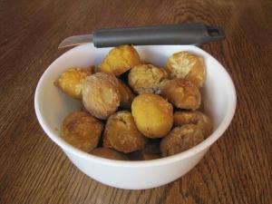 Peeled chestnuts jd3